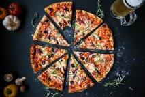 pizza-3007395__340